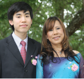 Dr.Le with his late mother, Hoa Le. He is carrying forth her legacy by pursuing a career in rheumatology to help patients.