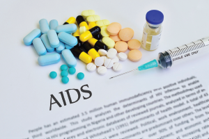 Glucocorticoid levels may be extremely variable when used with the drugs that treat HIV, leading to the risk of Cushing syndrome.