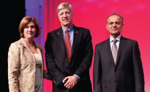 2016 ACR President Joan Van Feldt,MD, MSEd (L), and 2017 ACR President Sharad Lakhanpal, MBBS, MD (R), present Dr.O'Dell with the 2016 ACR Distinguished Clinical Investigator Award.