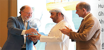 A crystal globe was presented to Dr. Waleed AlShehhi, ESR president, to commemorate the partnership.