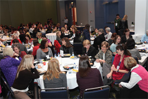 ARHP members networking at the 2011 ACR/ARHP Annual Meeting.